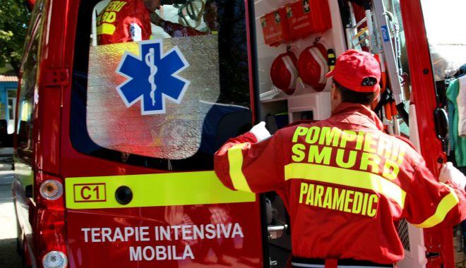 Accident rutier pe DJ 222 la intrare în Cuza-Vodă - smurd70-1605973664.jpg