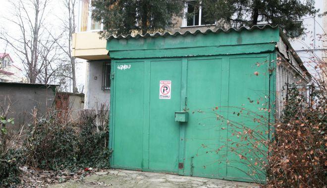 Somaţii pentru constănţeni, să îşi dezafecteze garajele de pe domeniul public! - somatii-1622631130.jpg