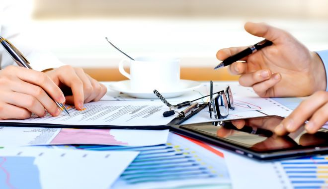 Foto: Sondaj BNR: Cererea pentru credite imobiliare va scădea în trimestrul 3