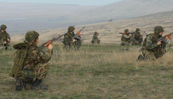 Foto: Susțin stagiul militar obligatoriu! Învățăm să supraviețuim sau stăm cu mâinile încrucișate?