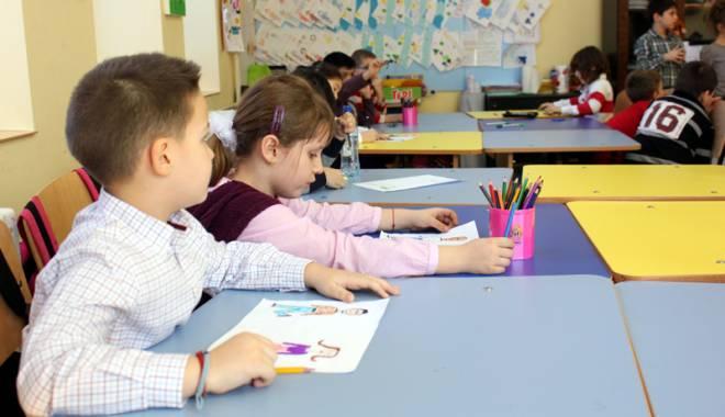 Foto: Sabotaj la înscrierea în clasa pregătitoare? Directorii constănțeni se opun listelor învățătoarelor