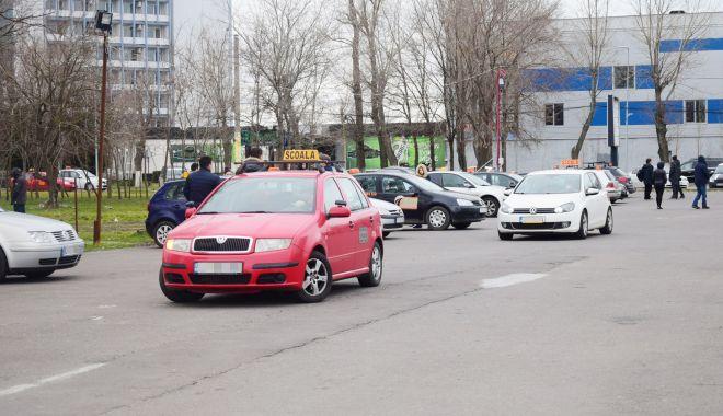 Semnal de alarmă: sunt prea multe accidente rutiere, școlile auto trebuie să-și facă treaba mai bine! - sus-1626285989.jpg