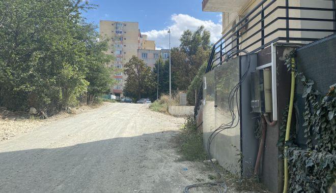 """Se asfaltează drumurile în cartierul """"Universitate""""? """"În sfârşit, intrăm în rândul lumii!"""" - sus-1630951563.jpg"""