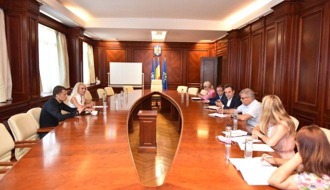 """Târgul din General Scărişoreanu va fi modernizat. """"Vrem să oferim un cadru demn de secolul XXI"""" - targgeneralscarisoreanu-1626375998.jpg"""