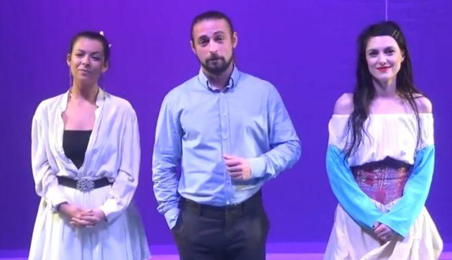 """Teatrul """"Căluţul de mare"""" prezintă ştirile TV, în weekend - teatrul-1605884975.jpg"""