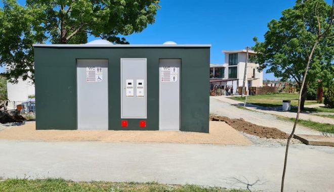 Primăria Techirghiol a montat toalete publice la standarde europene prin oraș - techirghioltoalete-1626879856.jpg