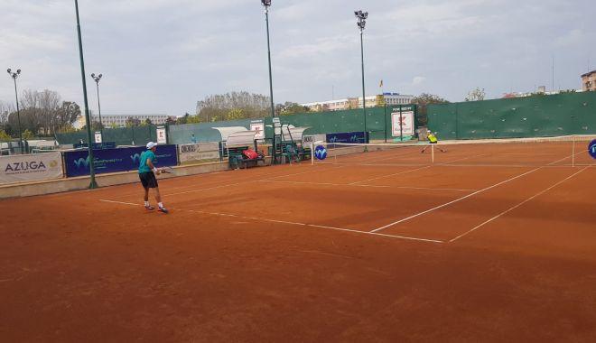 Meciuri tari la Tenis Club Bright. Surprize făcute de români la ITF WORLD TENNIS TOUR J3-BRIGHT TROPHY - tenis2-1602665020.jpg