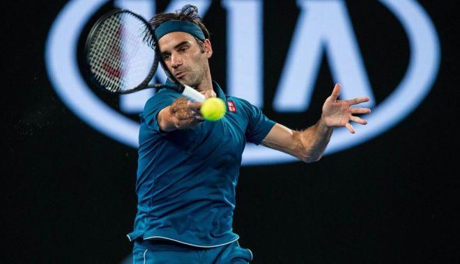 Foto: Roger Federer, la trei victorii de al 100-lea titlu din carieră