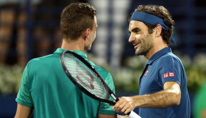 Foto: Roger Federer s-a calificat în semifinale, la Dubai