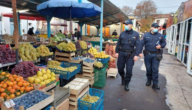 Bișnițar prins în flagrant, în Piața Griviței - tigarijandarmi-1612714325.jpg