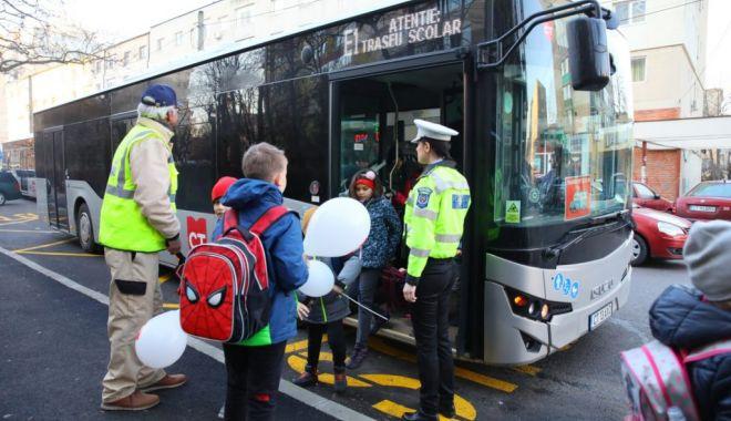Foto: Transport gratuit pentru elevi, cu CT Bus. Cum se obțin abonamentele
