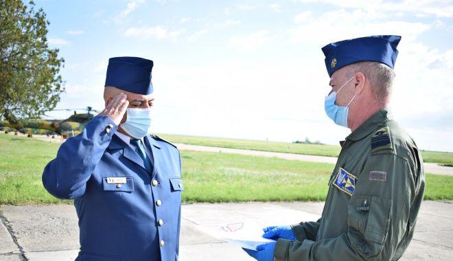 Momente emoționante pentru militari, la apus de carieră - trecerirezerva1-1620237589.jpg