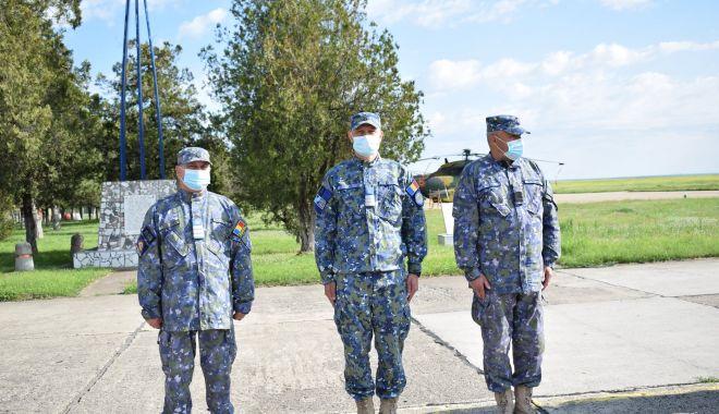 Momente emoționante pentru militari, la apus de carieră - trecerirezerva2print-1620237526.jpg