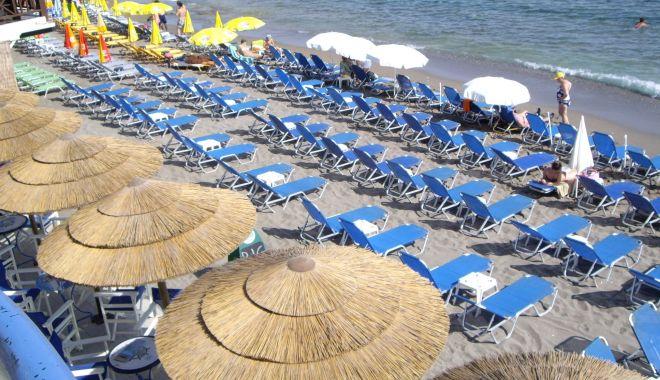 Litoralul în an de pandemie. Tichetele de vacanţă au repornit turismul intern - turismpandemie-1600883618.jpg