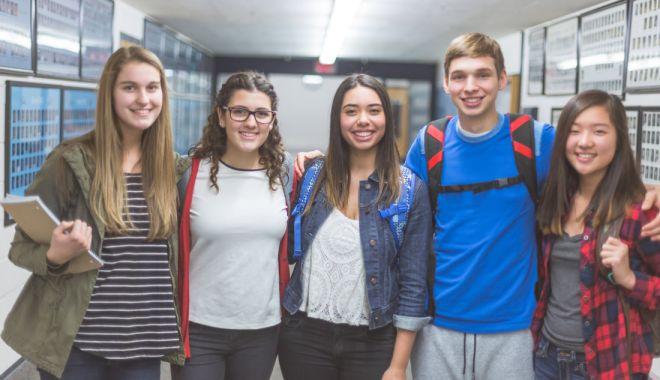Un an la liceu în America. S-a deschis sezonul de candidaturi pentru elevi - unandeliceu-1632320838.jpg