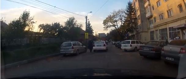 """Foto: VIDEO / Amenințarea unui taximetrist: """"Îți bag cuțitul în gât!"""""""