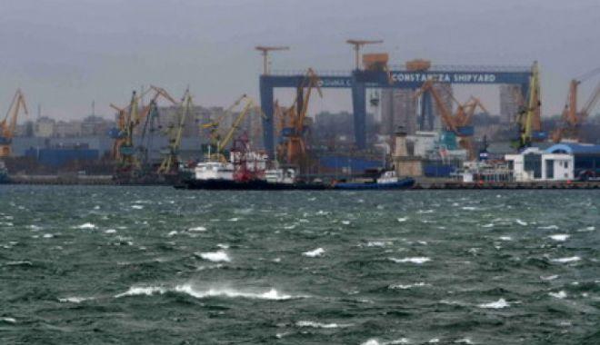 Porturi ÎNCHISE, din cauza vântului puternic - vant-1634114742.jpg