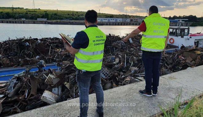 VIDEO. Şlepuri cu tone de deşeuri, descoperite în Portul Murfatlar - video-1623229744.jpg