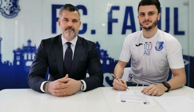 Vlad Rusu a semnat cu FC Farul Constanţa - vladrusufarul2-1611070909.jpg