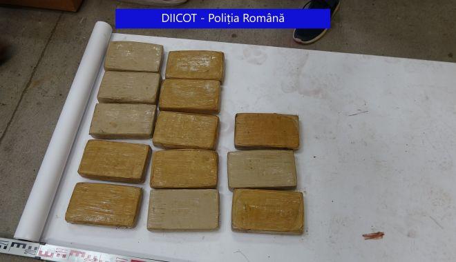 """Directorul Gărzii de Coastă lămurește: """"Jumătatea de tonă de cocaină NU A INTRAT PRIN PORTUL CONSTANȚA"""" - xdrogurigarda-1627805517.jpg"""
