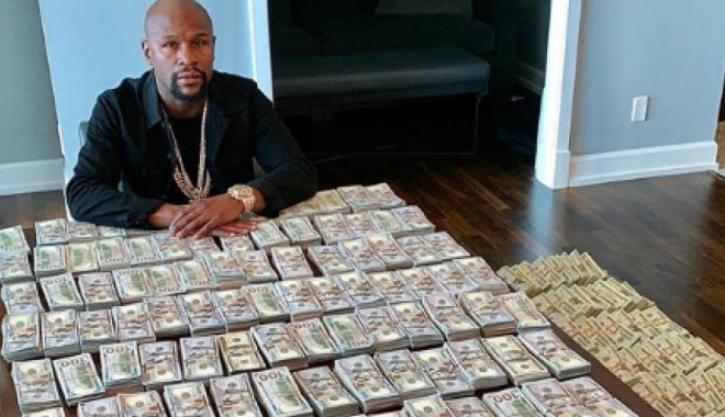 "Foto: Floyd Mayweather, imagine intrigantă: ""Asta e independența mea!"""