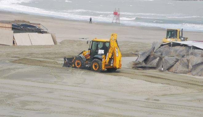 Zeci de tone de deșeuri, strânse de pe plaje, în doar două luni - zecidetone-1617302132.jpg
