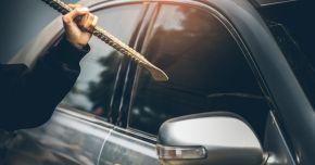 Mașină spartă, în miez de noapte, în Constanța