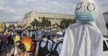 Protest împotriva măștilor și restricțiilor în Piața Universității