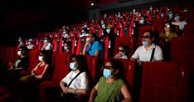 """Klaus Iohannis: Teatrele și cinematografele vor putea fi deschise în condiții """"specifice"""""""