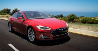 Directorul Tesla, vești îmbucurătoare. Deschide prima fabrică în Europa