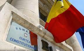 CCR a admis sesizarea premierului privind moţiunea de cenzură depusă de USR PLUS și AUR