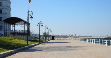 A început recondiționarea băncilor de odihnă din municipiul Constanța
