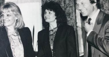 Arhiva de Aur Cuget Liber. Traian Băsescu, în 1994, la costum și cu mult păr