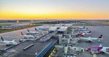 Un avion care zbura pe ruta București-Londra a fost întors din drum