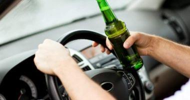 Pericol public pe șosele: șofer beat și fără permis, depistat de polițiști