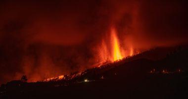 Situaţie dezastruoasă pe insula La Palma. Aproximativ 10.000 de persoane evacuate din calea lavei