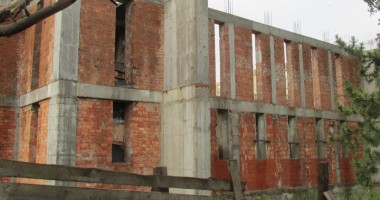 Cât mai durează șantierul Catedralei de la Casa de Cultură