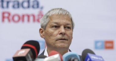 """Cioloș, despre introducerea certificatului verde în supermarketuri: """"Poate că ar fi util şi acolo"""""""