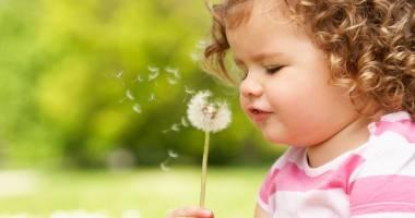 Plafonul de 3.400 lei impus pentru indemnizația de creștere a copilului va fi eliminat de la 1 ianuarie 2016