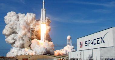 O nouă ERĂ SPAȚIALĂ! Cine este compania SpaceX și pe cine trimite în Cosmos
