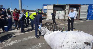 """Foto - Șeful Gărzii Naționale de Mediu, despre deșeurile din Portul Constanța: """"De vină sunt structurile de crimă organizată!"""""""
