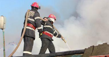Detașament de pompieri în județul Constanța, cu bani de la CNE Cernavodă