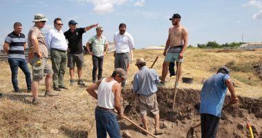 """Preşedintele CJC, Mihai Lupu: """"La Capidava avem în vedere punerea în valoare a patrimoniului arheologic"""""""