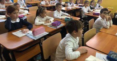 Goana după școala perfectă! Încep înscrierile la clasa pregătitoare