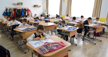 Începe vânătoarea școlilor bune! Care este calendarul înscrierilor în clasa pregătitoare
