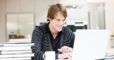 Lecții online pentru elevii care se pregătesc de bacalaureat