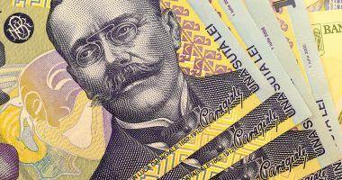 Leul a pierdut la euro și francul elvețian, dar a mușcat din dolar