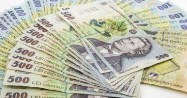 Leul continuă ofensiva pe piața valutară