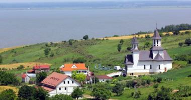 Mănăstirea Strunga, locul unde pelerinii pot medita în liniște