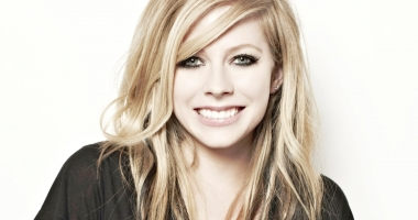Avril Lavigne, cea mai periculoasă pentru căutările pe internet!